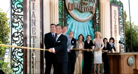 Mr. Miscavige led the ribbon cutting ceremony, joined by Church executives and special guests, to officially open the doors of the Nashville Church of Scientology and Celebrity Centre to all.
